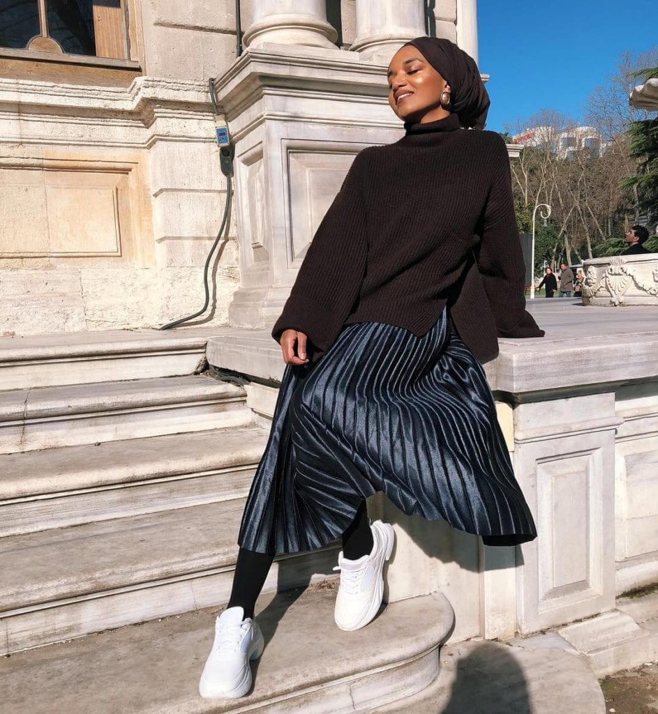 black french style blogger with hijab