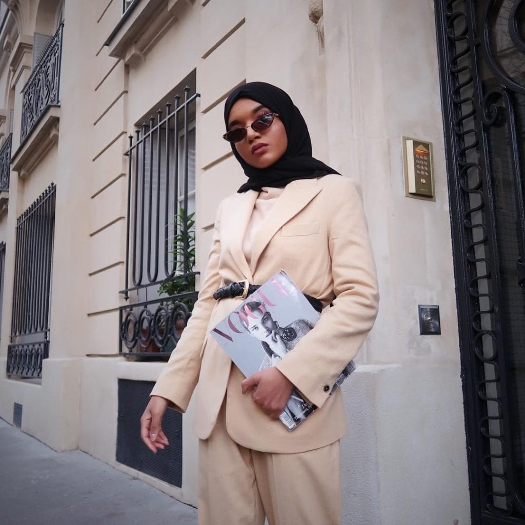 black muslim french style blogger with hijab