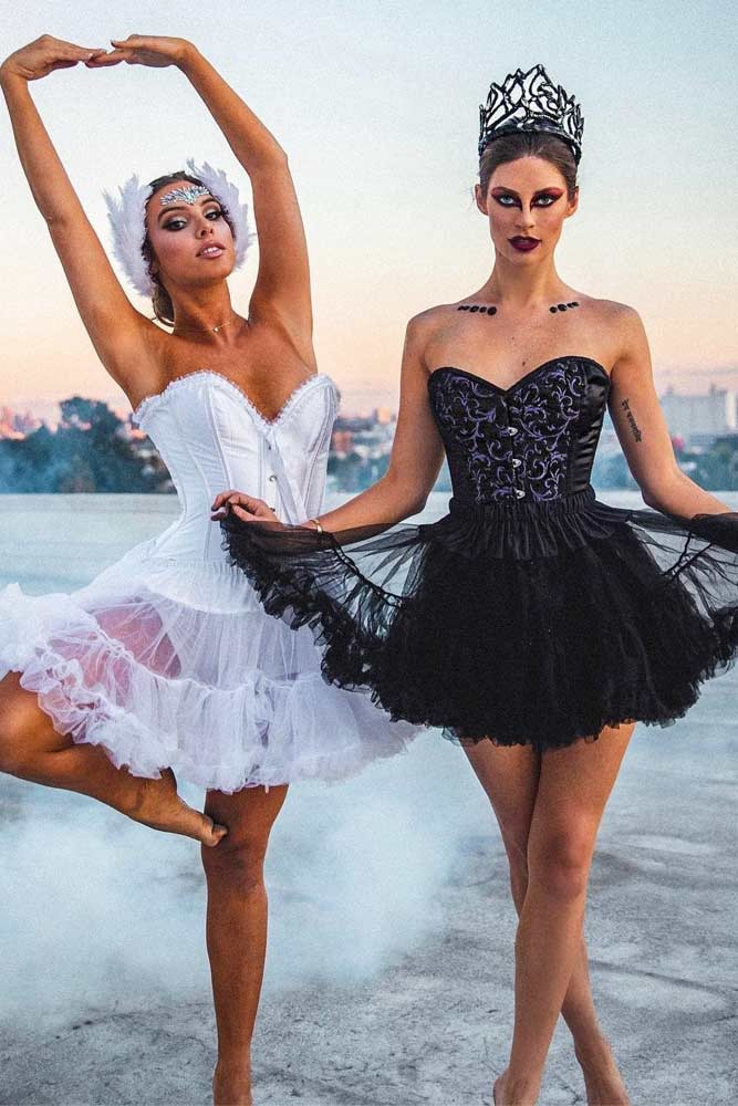 Creative Halloween Costumes For Friends.50 Best Friend Group Halloween Costume Ideas For Girlfriends Hello Bombshell