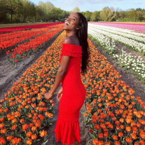black blogger influencer jenaae jackson